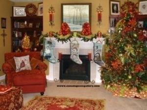 PBuckleyMoss-Waynesville-Ohio-CanadaGooseGallery-Art-Artist-LimitedEdition-Print-Christmas-Decorating-Stocking