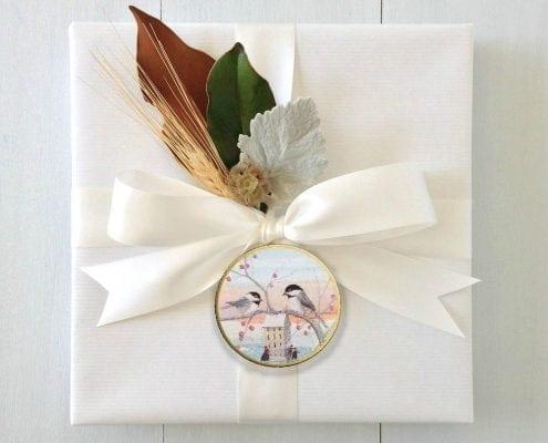Winter Companion gift wrap with P Buckley Moss ornament, Winter Companion.