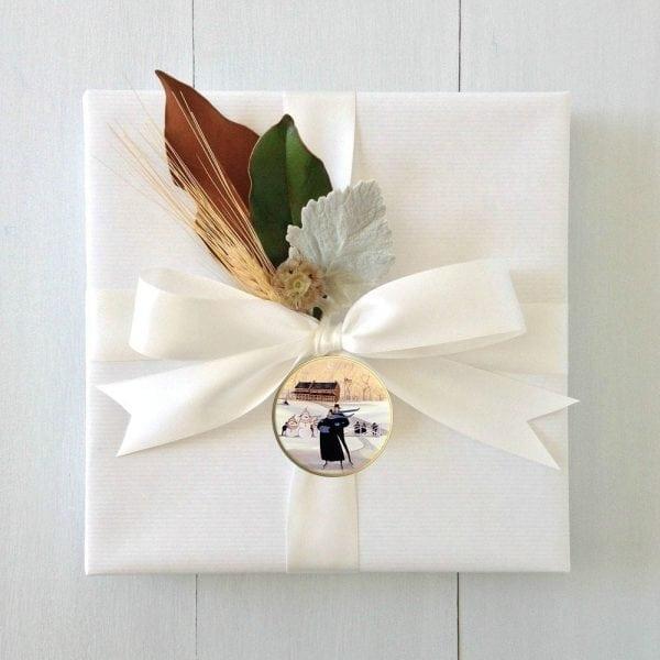 CanadaGooseGallery-WaynesvilleOhio-Ornament-porcelain-Love-Joy-Pbuckleymoss-ornament-Skating