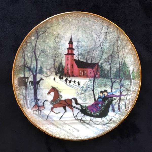 Christmas Night limited edition plate by P Buckley Moss. Early edition in mint condition with box and certificate.
