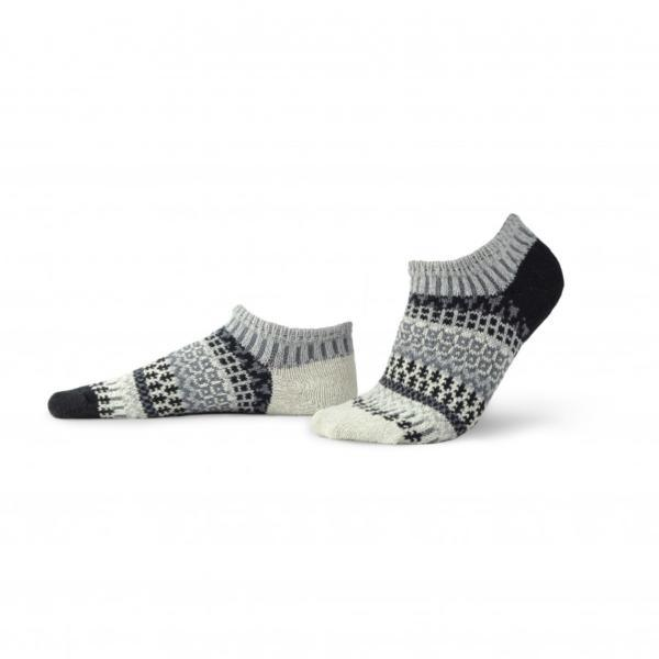 Solmate Pepper Ankle Socks in black, white and gray pattern.